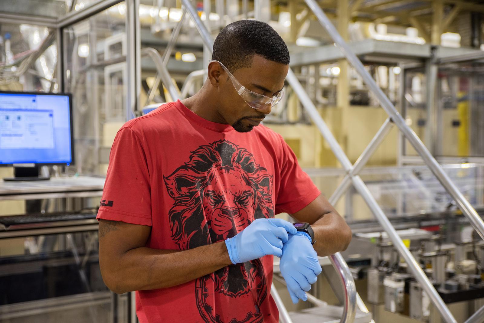 Smartwatches im Werk Anderson, USA