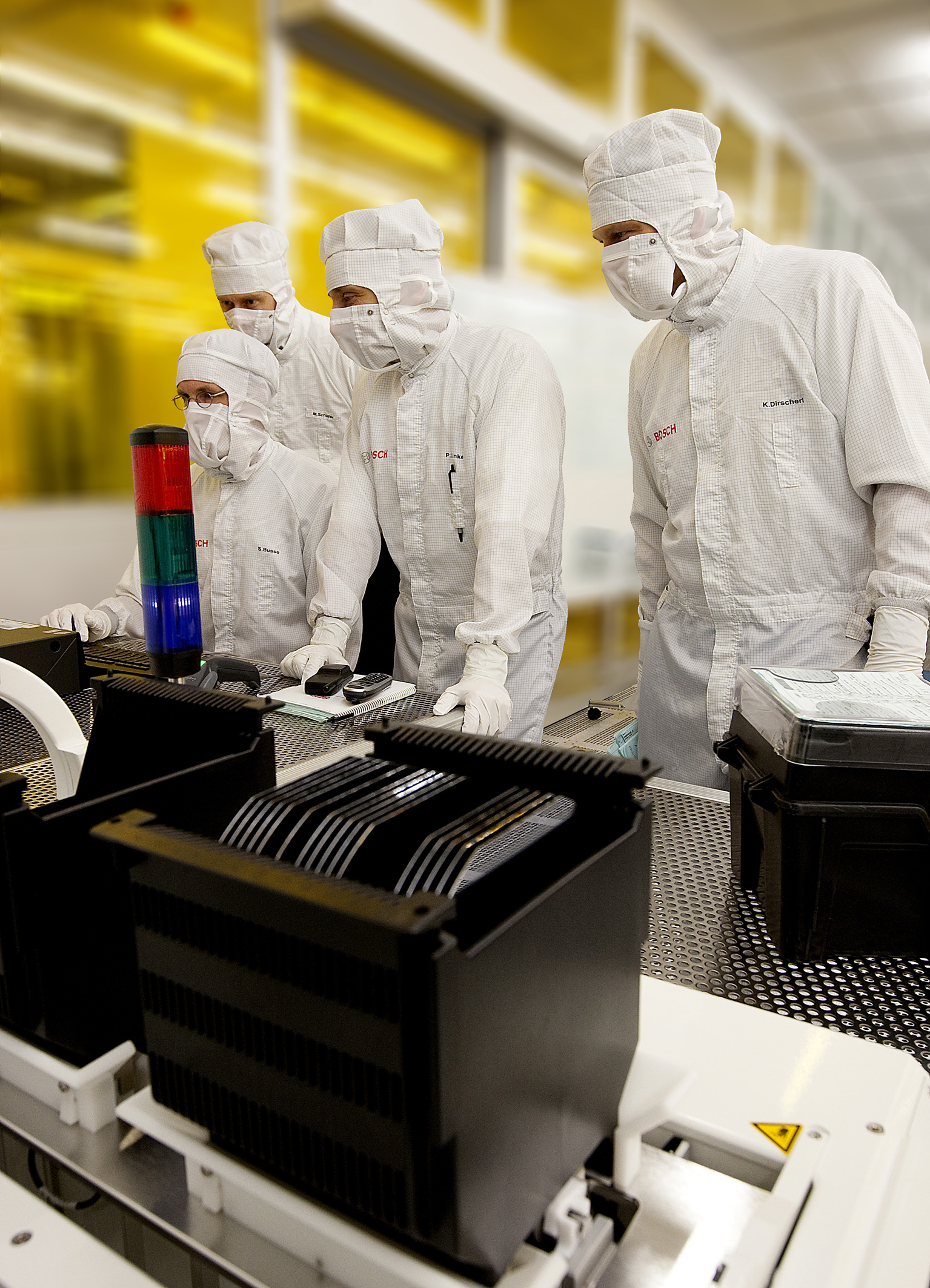 Wafer production in the Bosch semiconductor fab