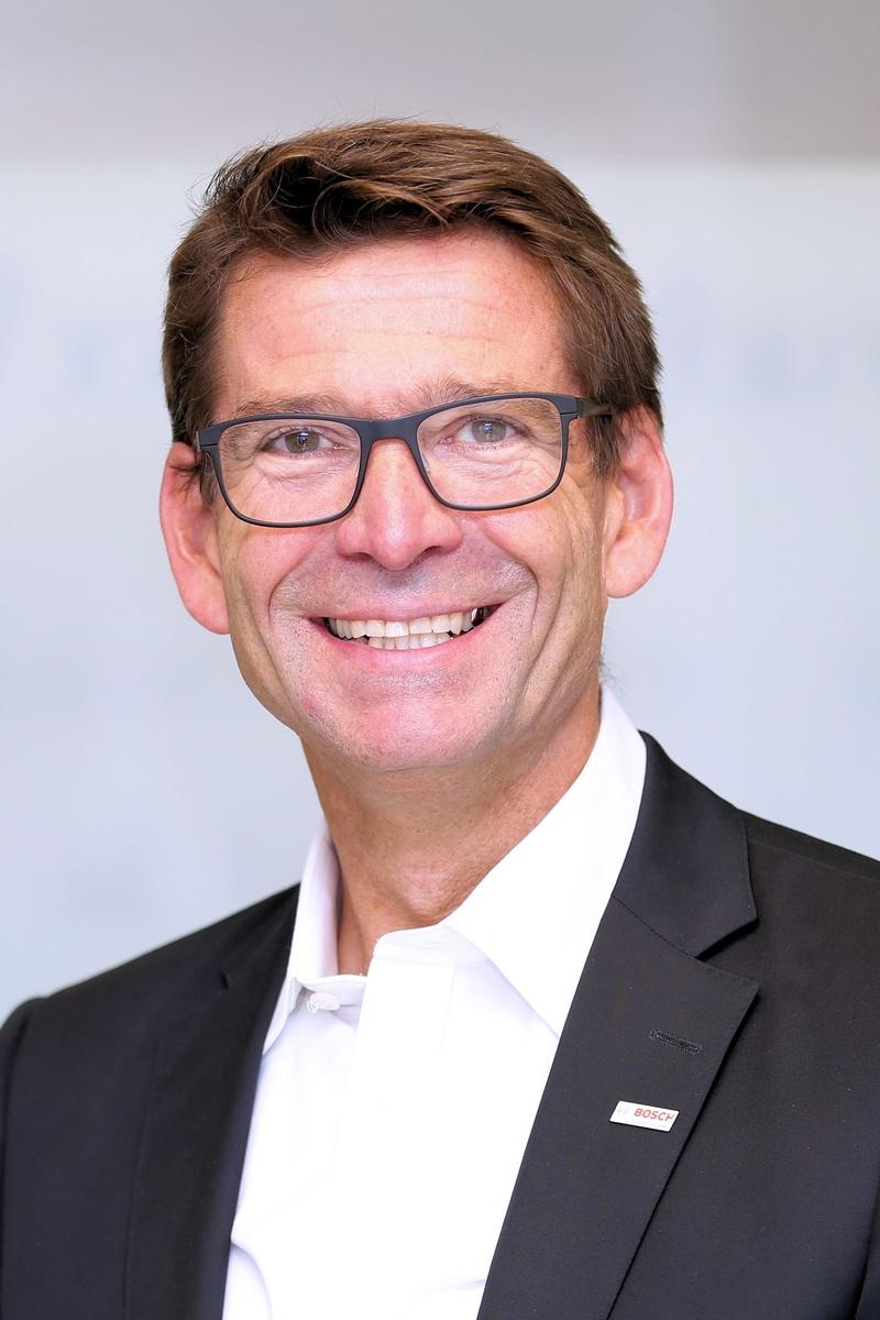 Roland Bühler, Personalleiter des Bosch-Werks Stuttgart-Feuerbach.