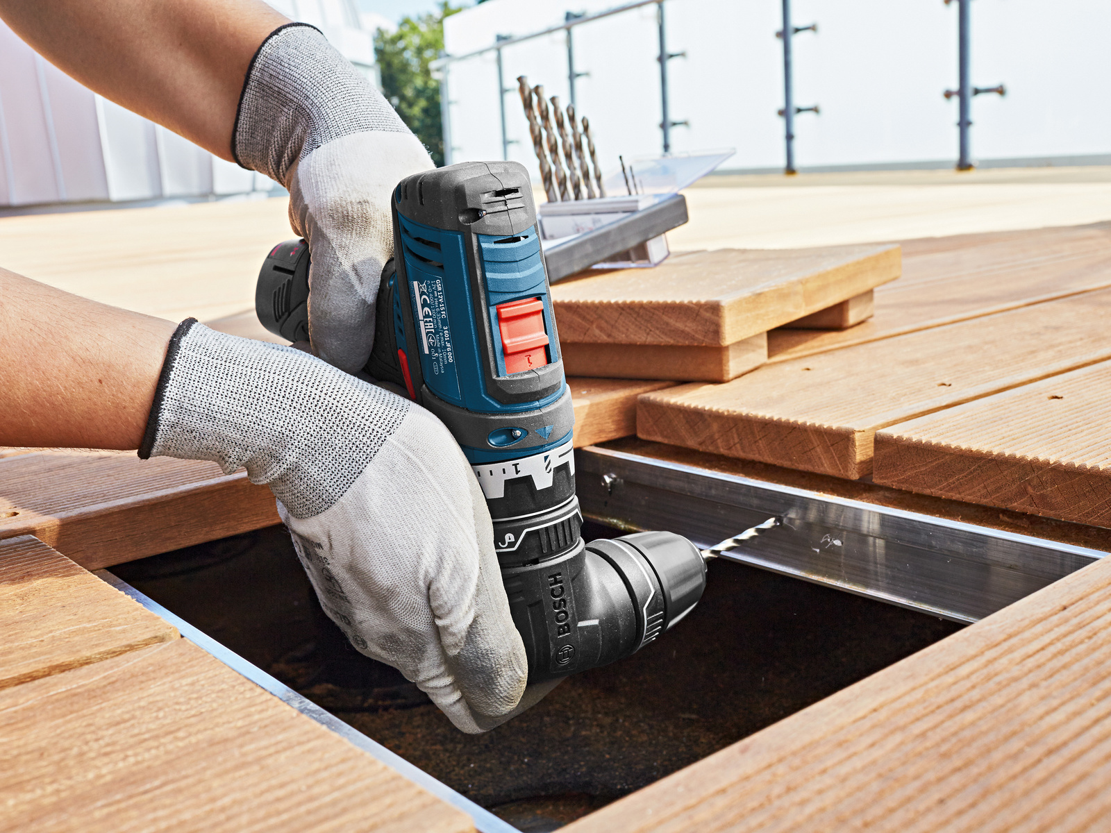 5-in-1 cordless drill/driver system for professionals: The GFA 12-W Professional angle adapter from Bosch