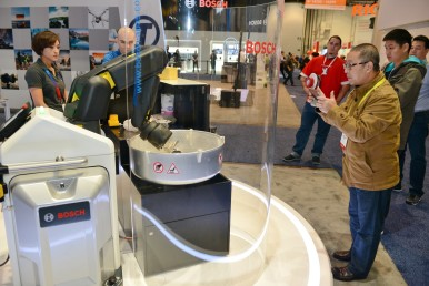 Bosch at CES 2017: Automatic production assistant for IIoT