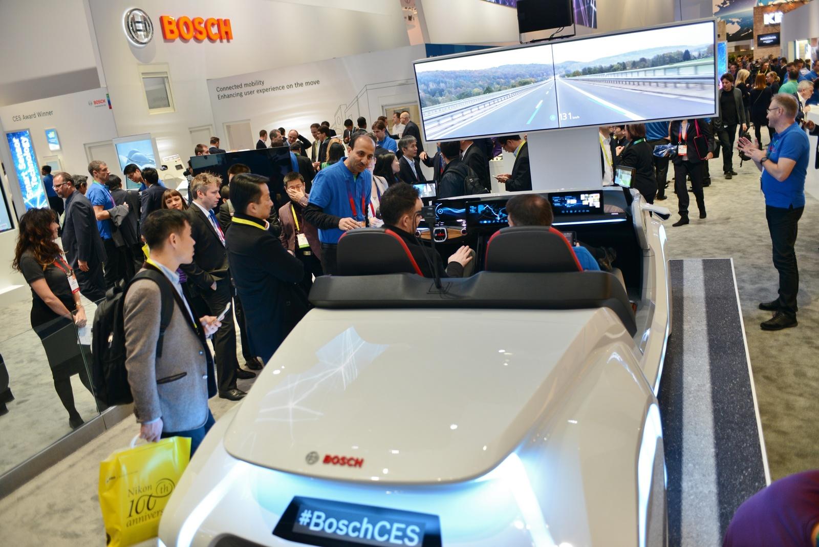 Bosch auf der CES 2017: Neues Konzeptfahrzeug zeigt Mobilität der Zukunft