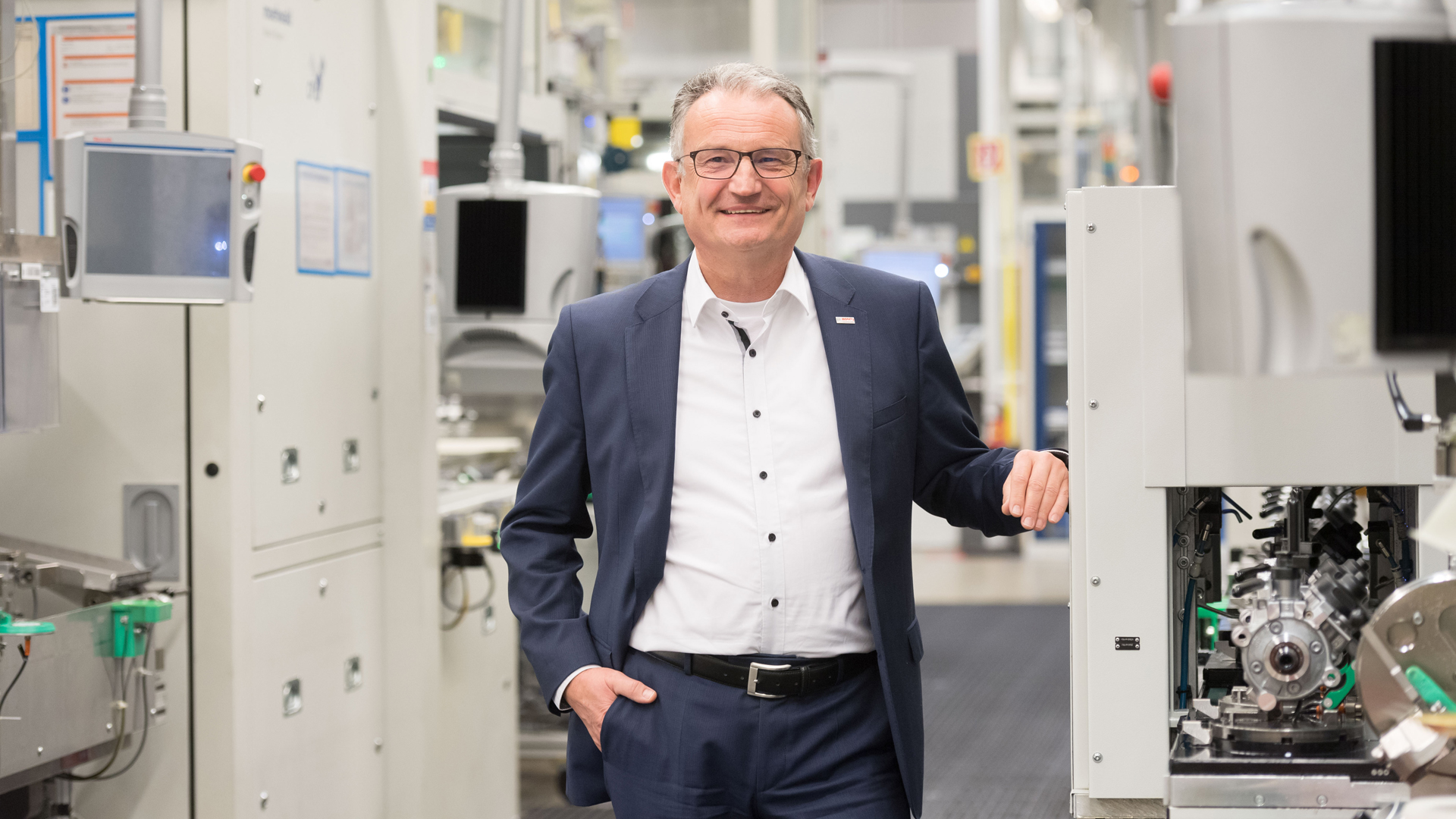 the robert bosch gmbh management essay The bosch group comprises robert bosch gmbh and its more than 300 subsidiaries and regional companies in roughly 50 countries this worldwide development, manufacturing, and sales network is the foundation for further growth.