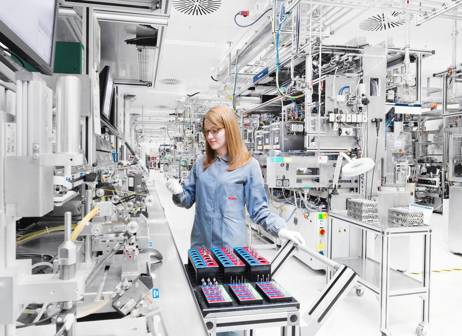 Bosch gestaltet den Wandel im Powertrain