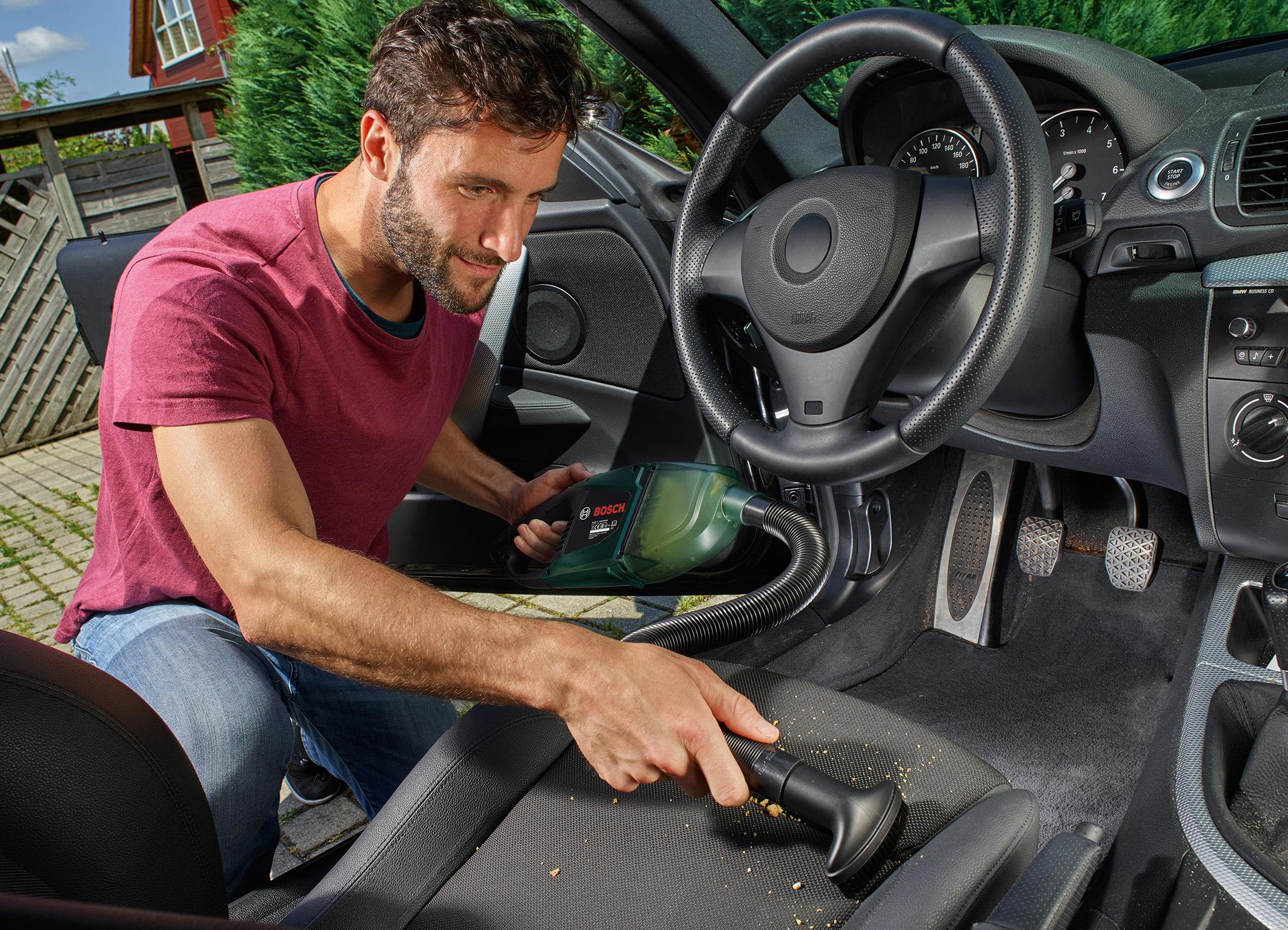 Leiser und vielseitiger Akku-Sauger: der EasyVac 12 von Bosch