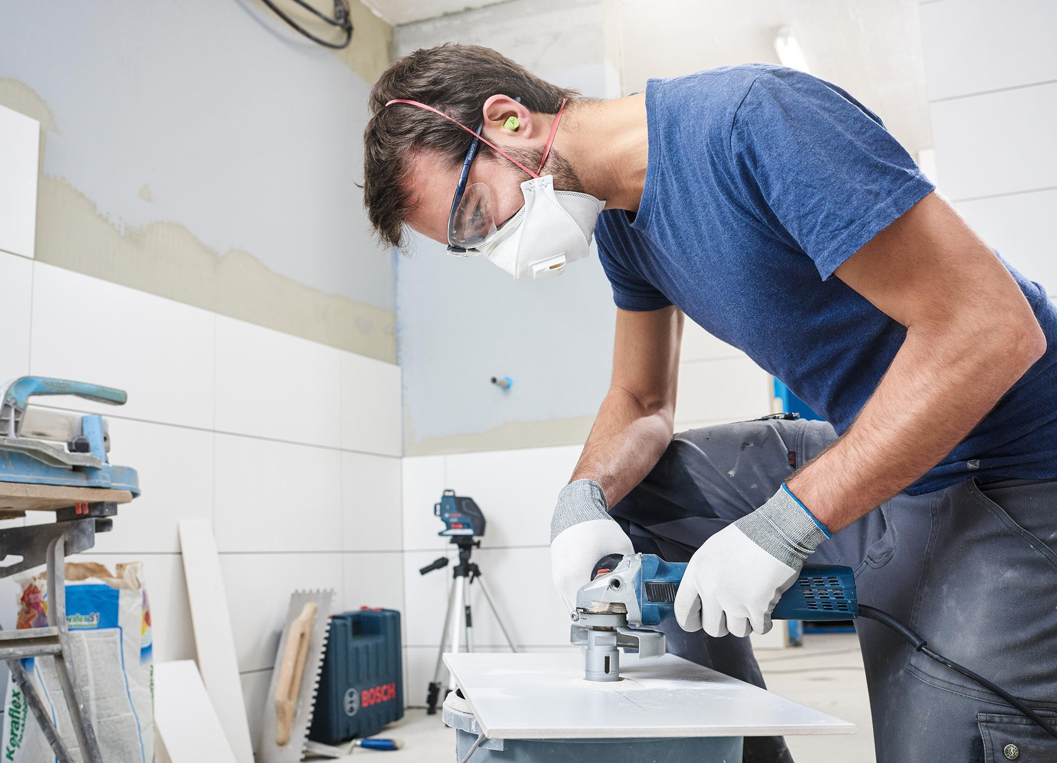 """Die passende Bohrkrone für jede Anwendung:  das """"Best for Ceramic Dry Speed Set"""" von Bosch für Profis"""