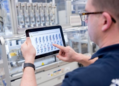 Industry 4.0 at Bosch – connected manufacturing