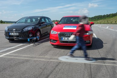 Bosch emergency braking systems protect vulnerable road users