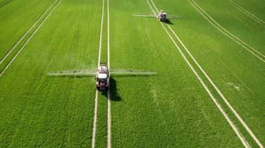 Forschungskooperation von Bosch und Bayer macht den Bauernhof digital