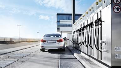 Klimaneutrale Autos: Bei synthetischen Kraftstoffen wird CO2 zum Rohstoff