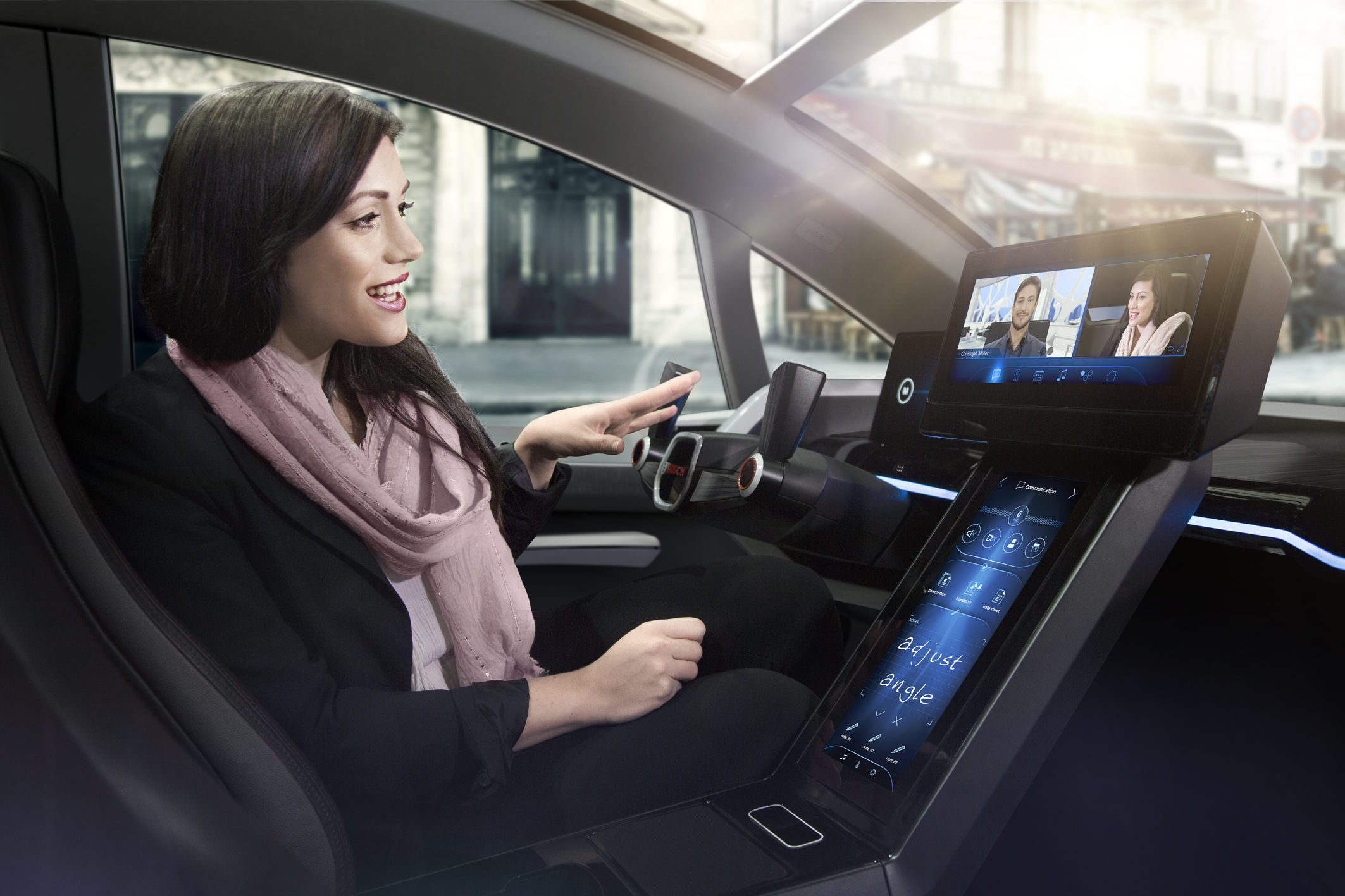 Human Machine Interface – the communication between car and driver