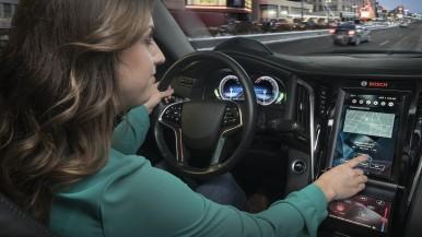 Bosch unclutters vehicle cockpit