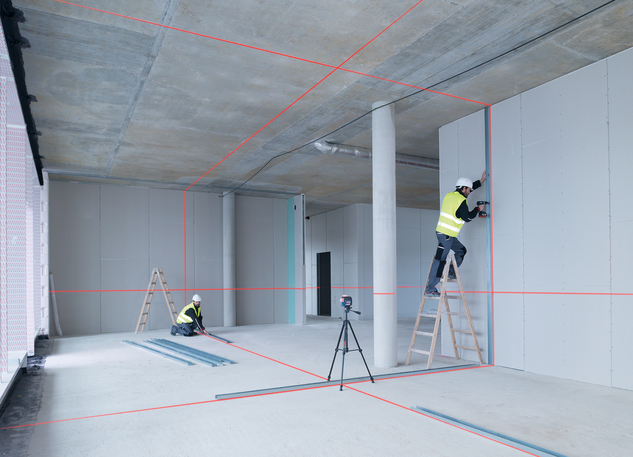Universal helper for different trades: New generation of professional Bosch line lasers