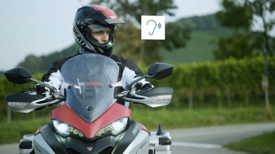 The digital protective shield for motorcycles