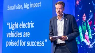 Bosch bringt kleine Elektrofahrzeuge in die Stadt