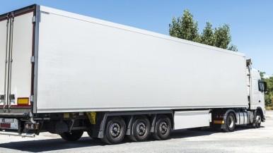 Bosch brengt elektromobiliteit voor opleggers