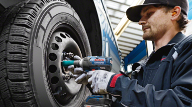 Bosch Automotive Aftermarket en Bosch Power Tools bundelen krachten en tonen de werkplaats van de toekomst