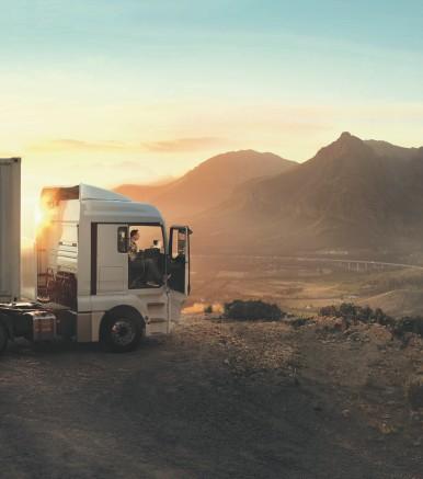 Nouvelle batterie AGM Bosch pour poids lourds : la réponse aux besoins spécifiques du transport longue distance