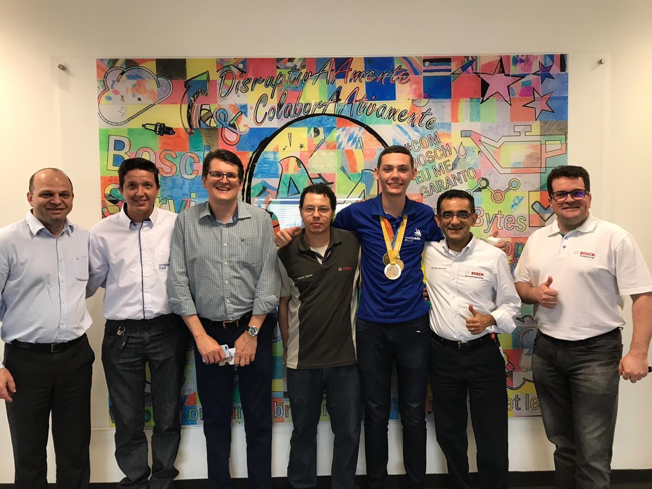 Visita de medalhista da WorldSkills