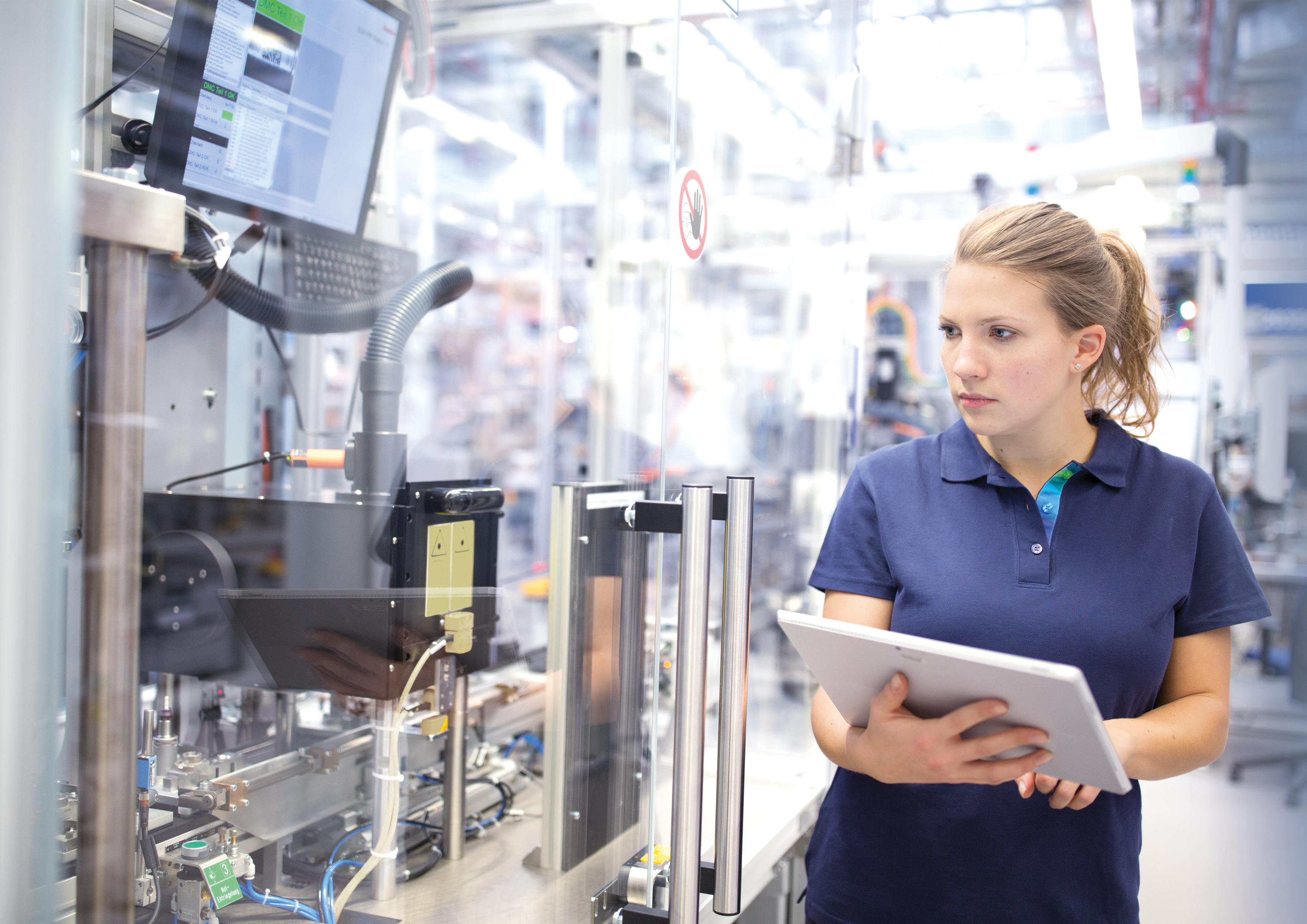 Foco em Indústria 4.0: A Nexeed apoia os funcionários em seu trabalho diário, gerando mais produtividade, qualidade e agilidade para os negócios.