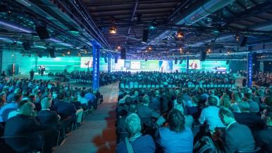 Veículos, casas e fábricas conectadas:  Soluções inteligentes da Bosch facilitam o dia a dia