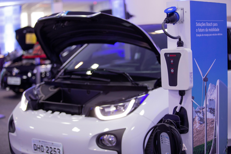 Bosch promove o II Congresso Tecnológico Automotivo em plataforma digital