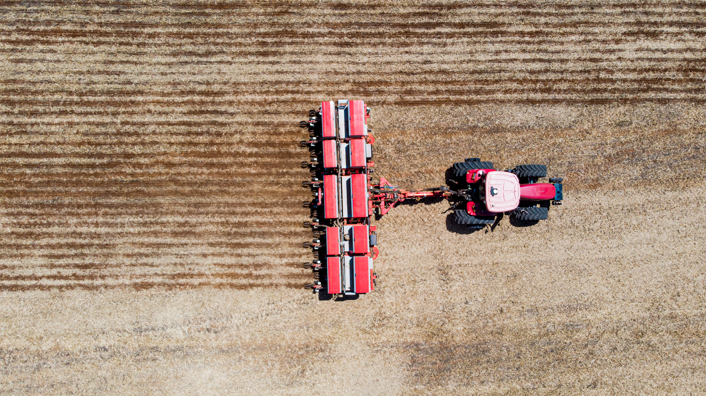 Bosch e BASF fundam centro de projetos para soluções inteligentes de plantio e fertilização