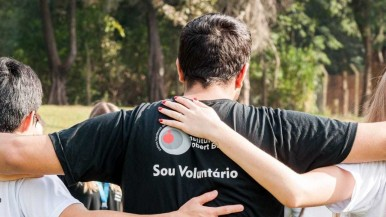 Trabalho voluntário no ambiente corporativo contribuiu para o crescimento profissional