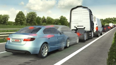 Pedestres e ciclistas: Bosch destaca tecnologia que aumenta a segurança e reduz colisões