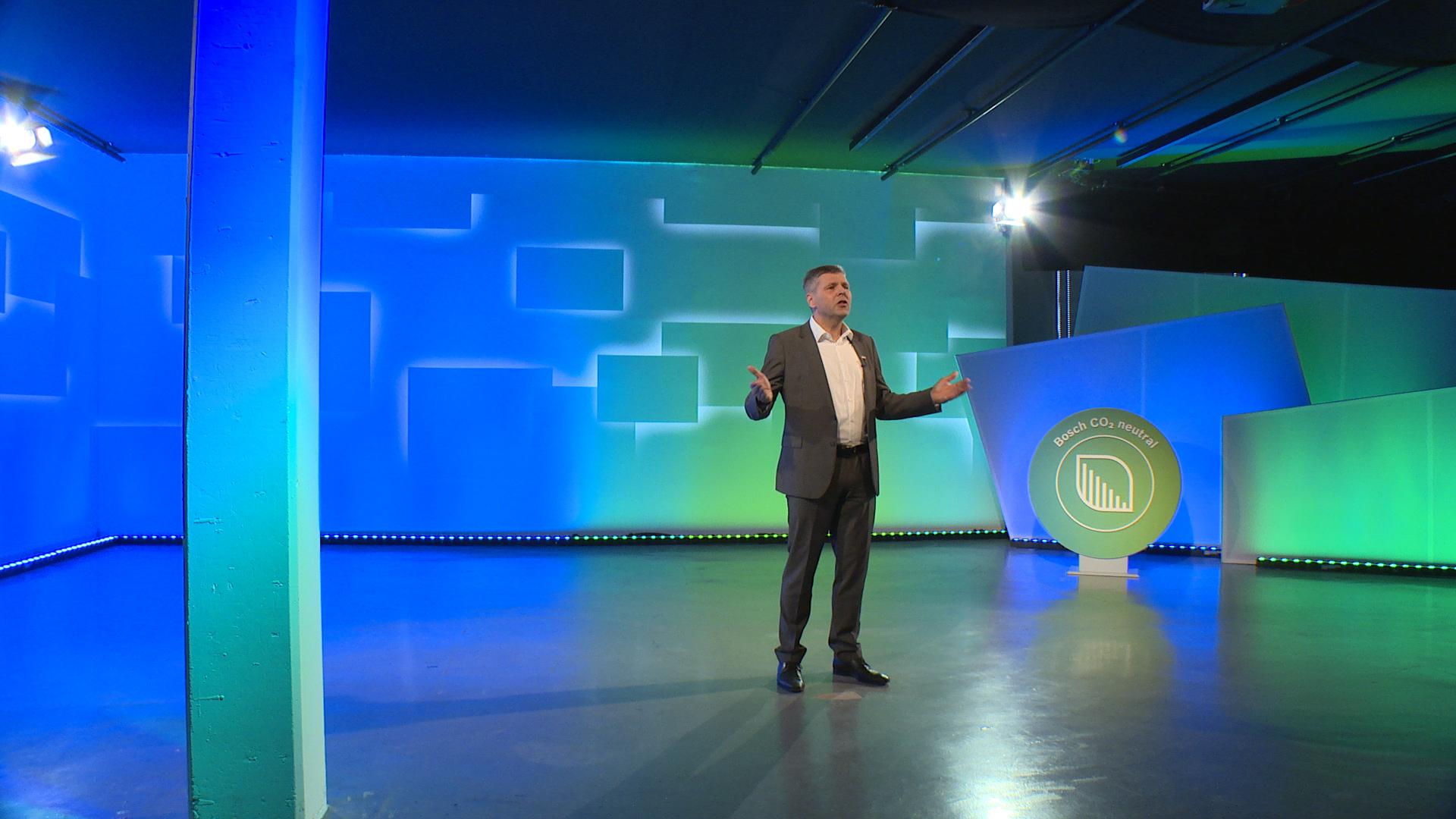 Dr. Michael Bolle (Membro da direção mundial do Grupo Bosch) na CES 2021