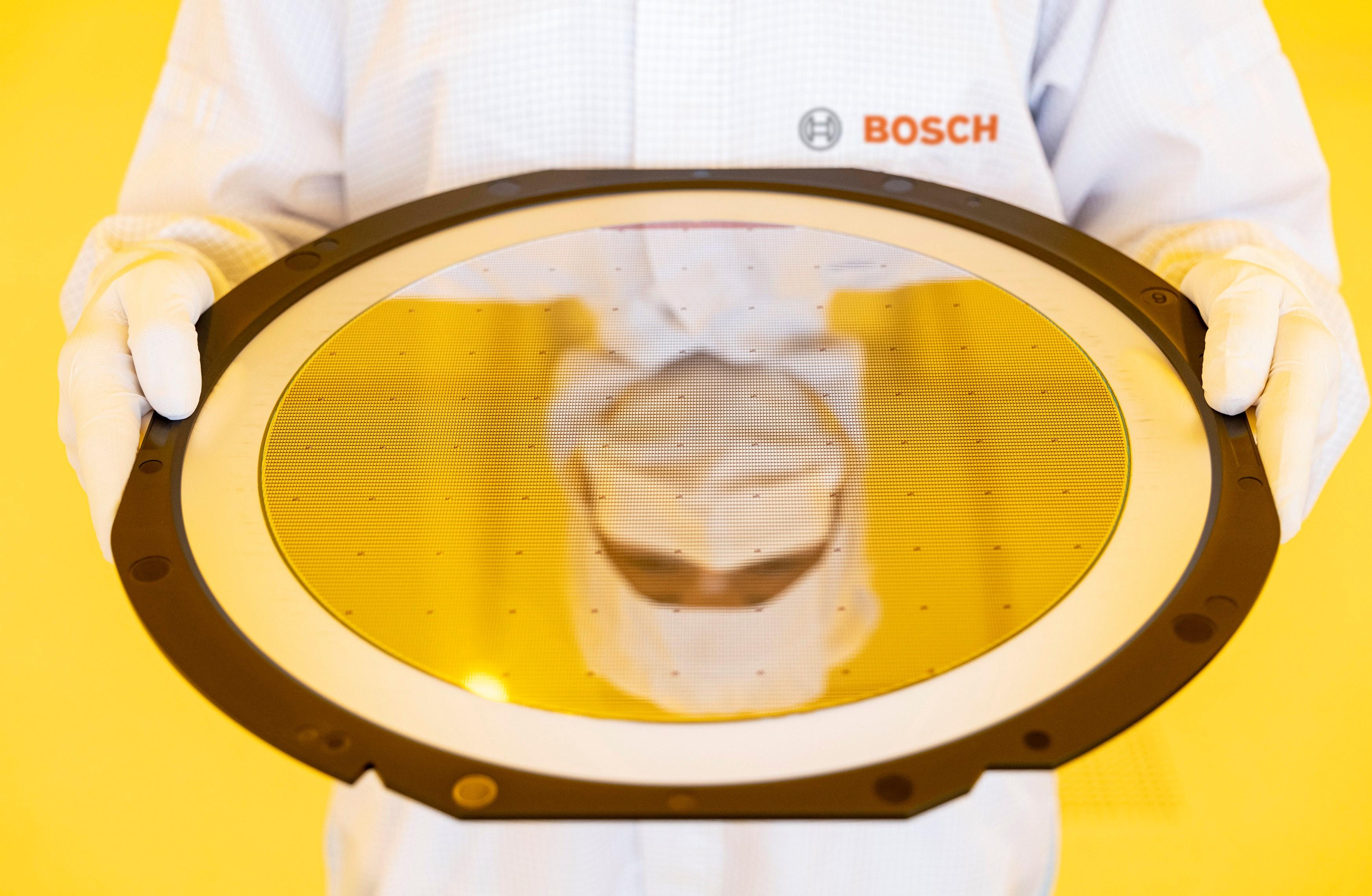Bosch inaugura fábrica do futuro de semicondutores em Dresden - Totalmente conectada e gerenciada por inteligência artificial