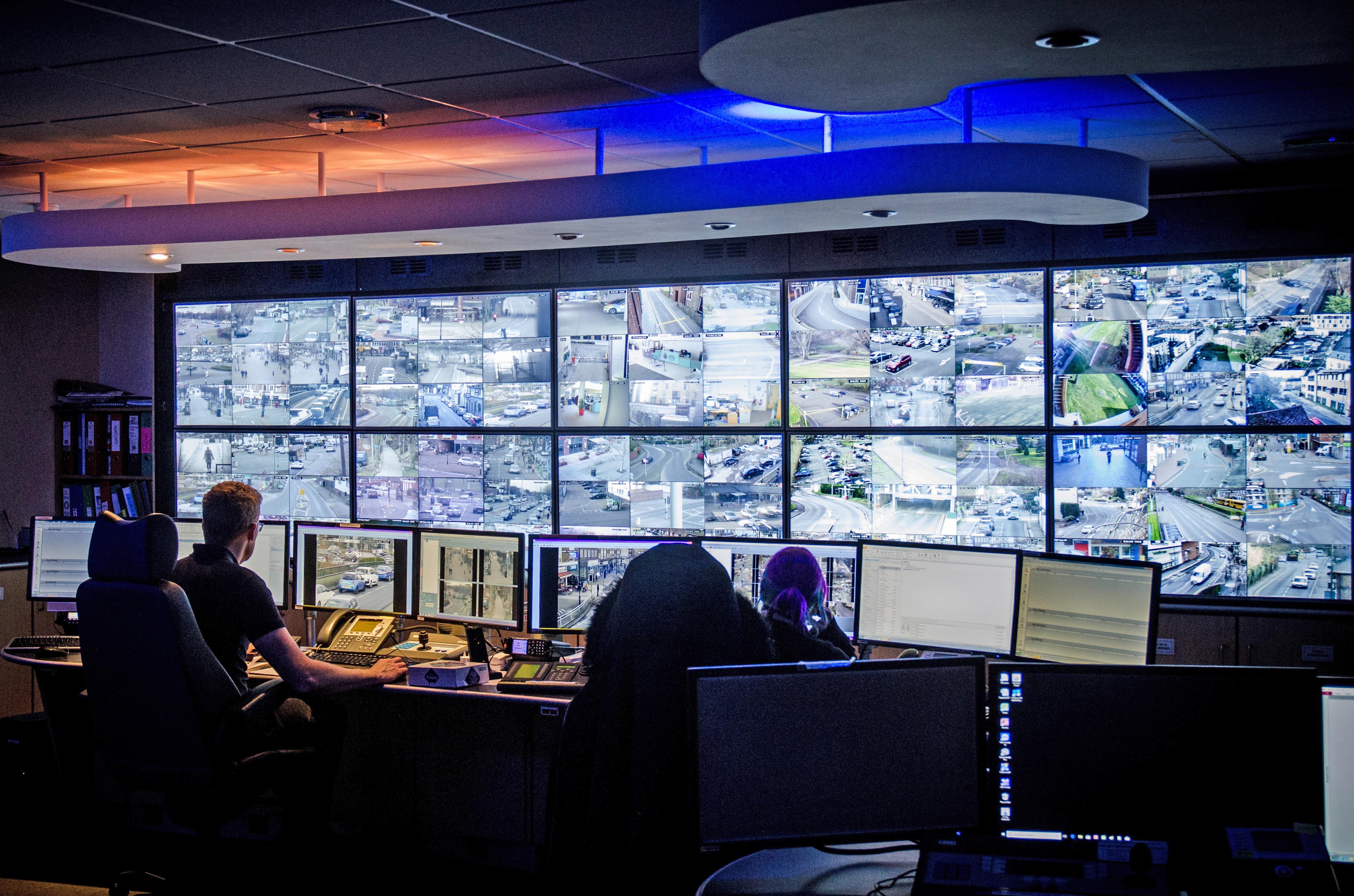 Safer Runnymede: Plataforma combina tecnologia de segurança pública com serviços de segurança pessoal