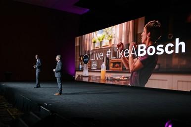 Dr. Markus Heyn e Mike Mansuetti, membros da direção mundial do Grupo Bosch, falam sobre IoT