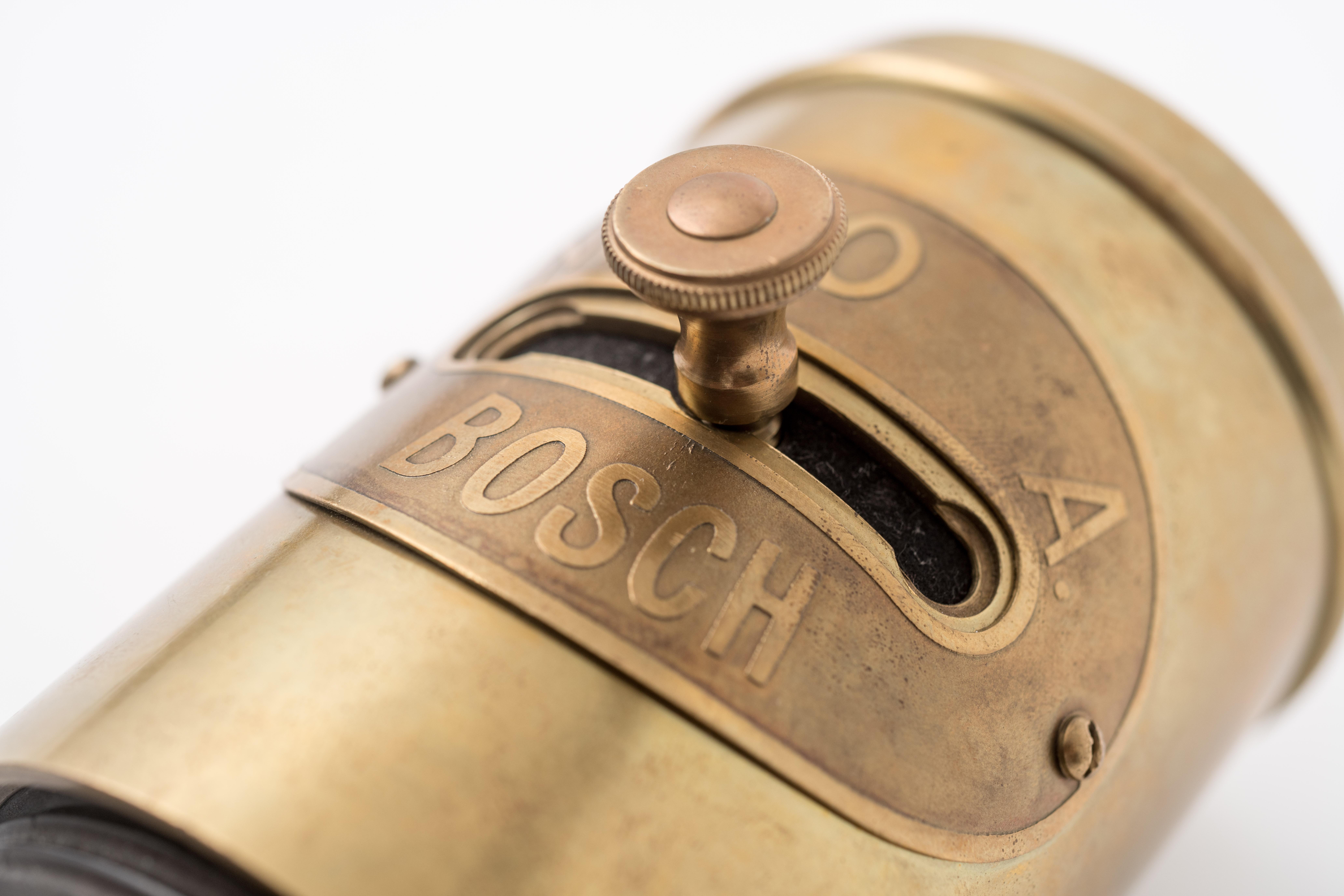 Primeiro comutador rotativo em 1900