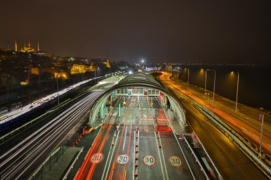 Conectando continentes Bosch implanta sistema de segurança no novo Túnel Eurásia