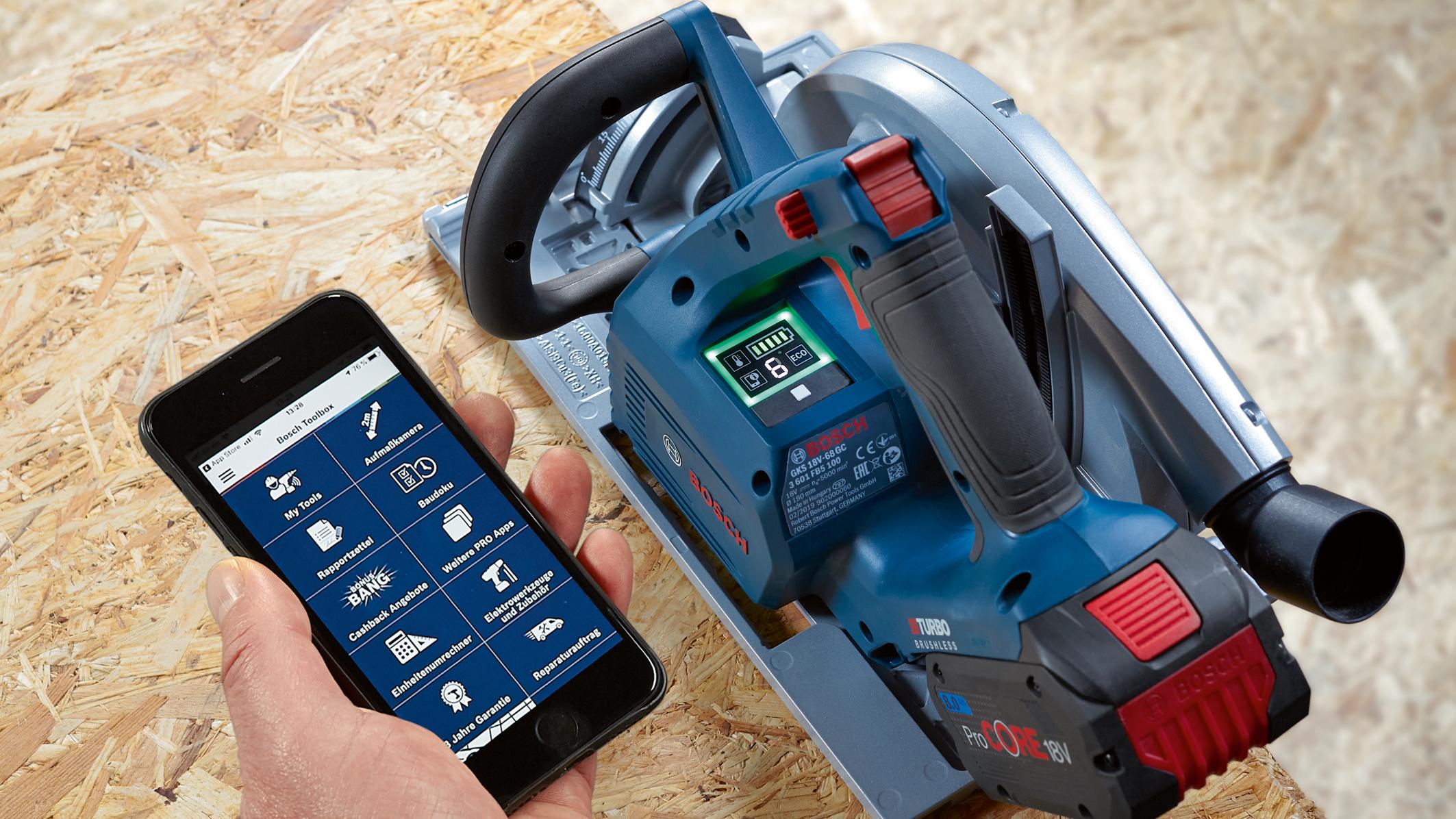 Přidaná hodnota prostřednictvím uživatelského rozhraní a funkce připojení: Akumulátorová ruční okružní pila GKS 18V-68 GC Professional od společnosti Bosch pro profesionály