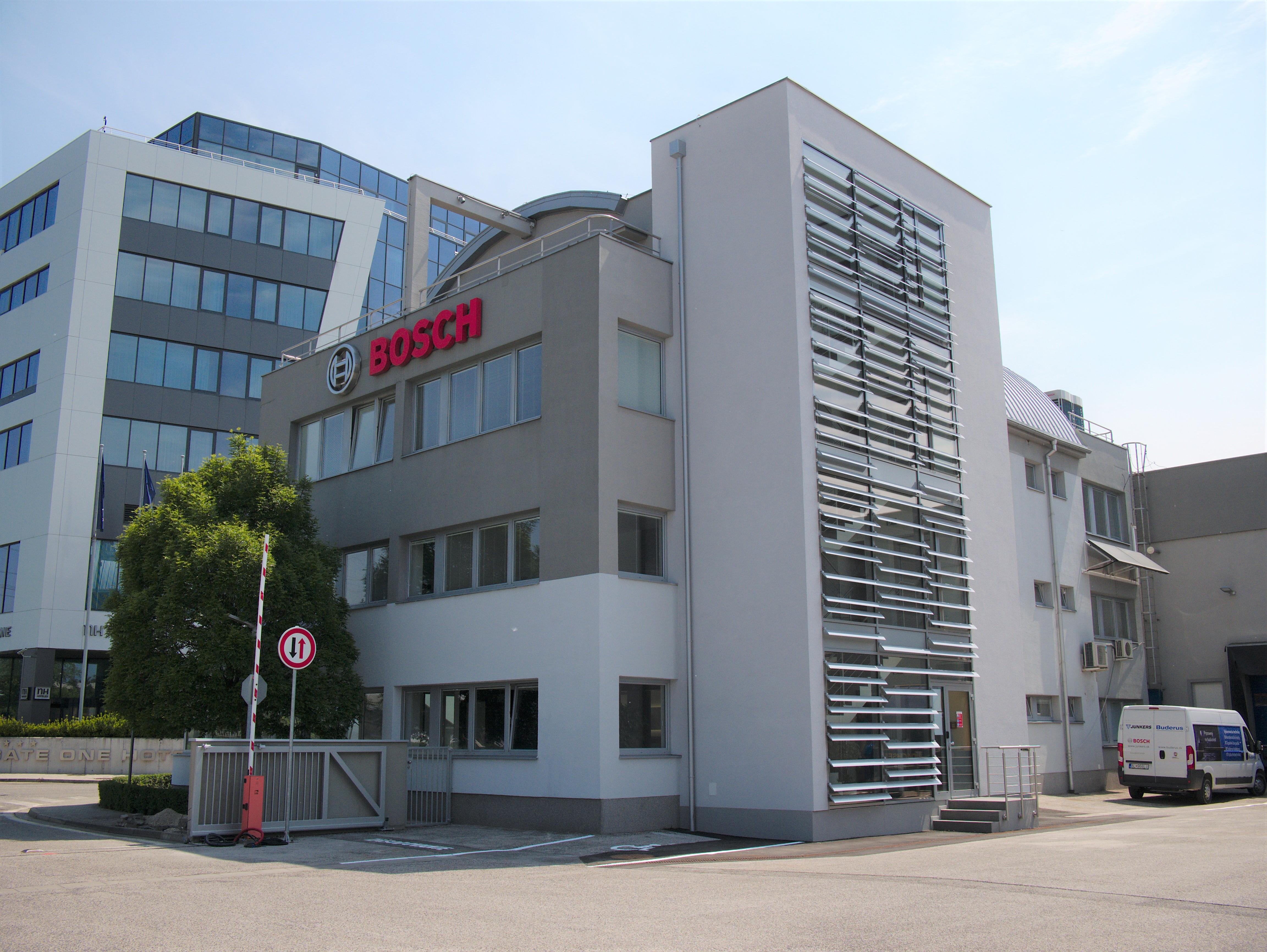 Budova slovenskej pobočky spoločnosti Bosch prešla rekonštrukciou a novom je vybavená najmodernejšími technológiami spoločnosti.