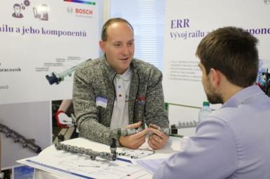 Bosch představil již pojedenácté studentům vysokých škol společnost, výrobu a moderní automobilové technologie