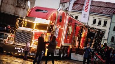 """Firma Bosch Diesel s.r.o. Jihlava a její zaměstnanci podpořili výtěžkem z vánoční charitativní akce """"Bosch svařák"""" Nemocnici Jihlava"""