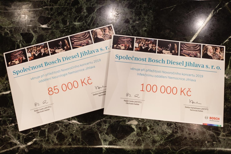 Výnos z koncertu ve výši 185 tisíc korun věnuje firma Bosch a její zaměstnanci na podporu Infekčního a Neurologického oddělení Nemocnice Jihlava.
