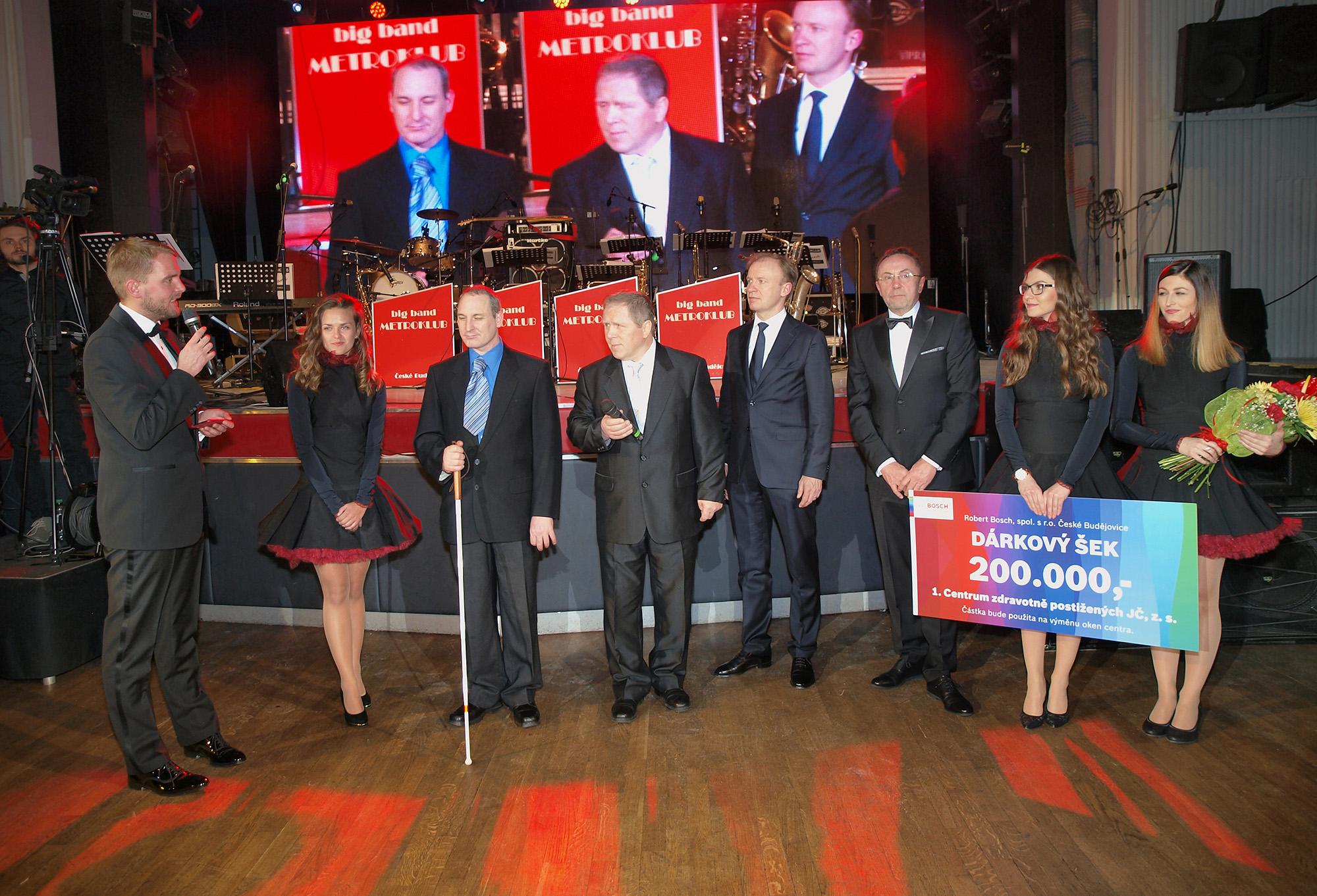 Robert Bosch, spol. s r.o. darem ve výši 200 000 korun podpořila 1. Centrum zdravotně postižených jižních Čech, o. s.