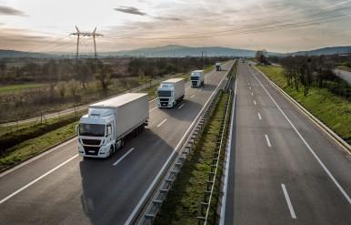 Nákladné vozidlá na ceste