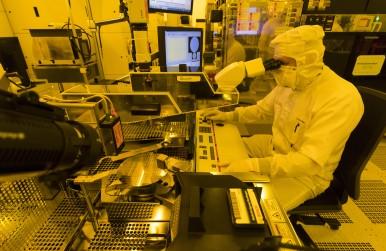 Závod na výrobu polovodičů