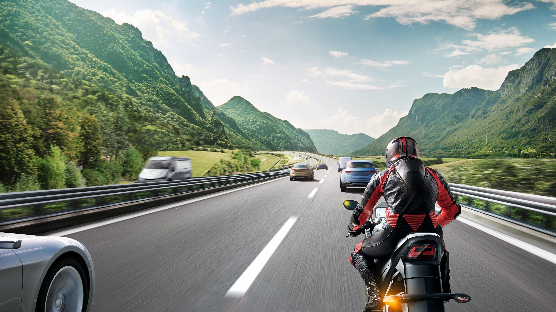 Detekcia mŕtveho bodu pre motocykle