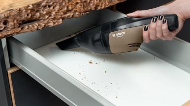 Bosch prináša revolúciu vo svete domácich majstrov vďaka ručnému elektrickému náradiu:  Prvá svetová YOUseries od Bosch pre domácich majstrov