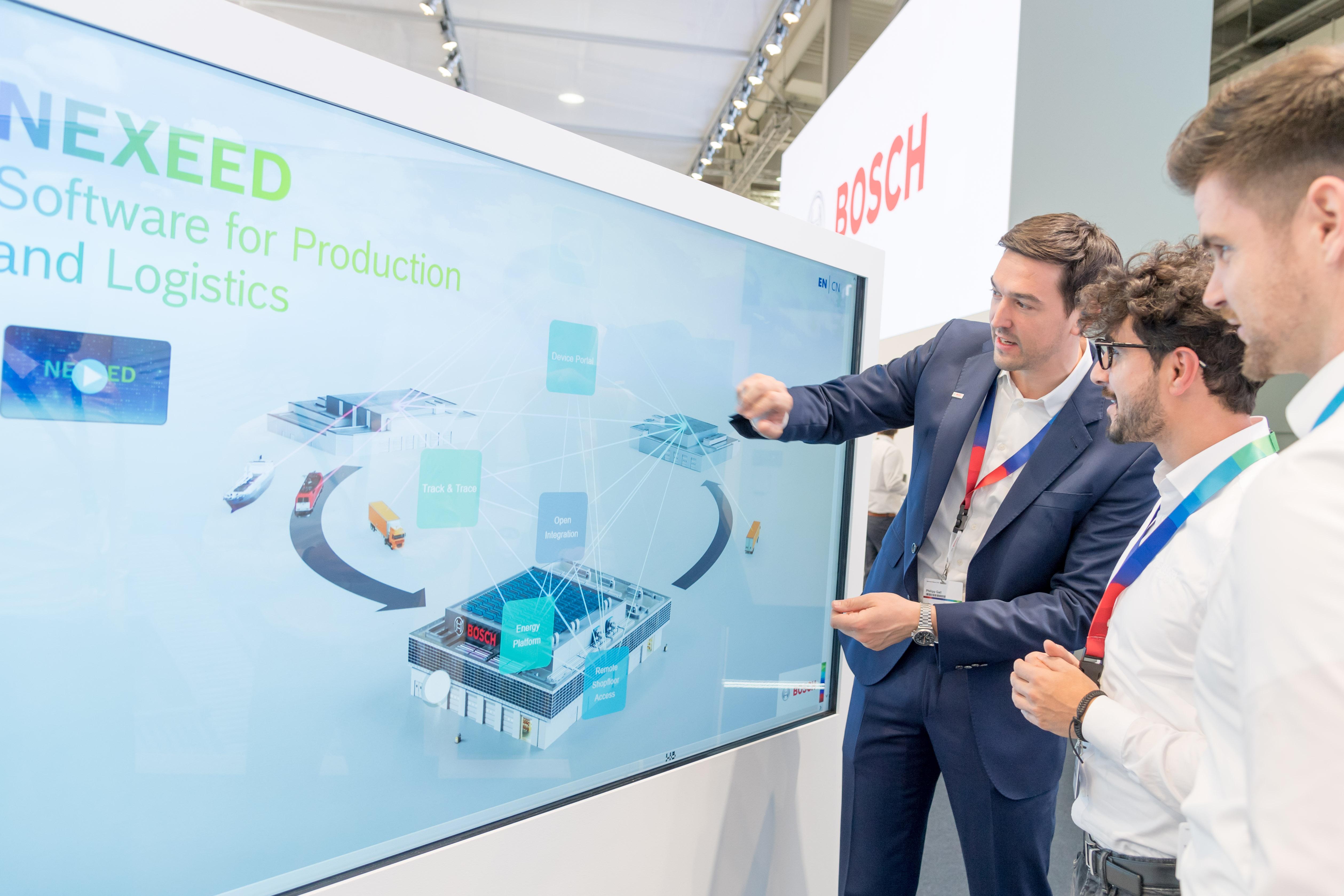 Bosch ukazuje komplexní portfolio softwaru pro výrobu a logistiku (Nexeed)