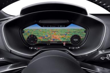 Prvý voľne programovateľný displej v Audi TT.