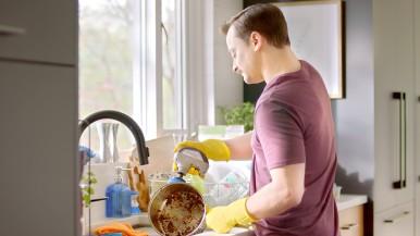 Dremel vstupuje do ďalšieho produktového segmentu pre domácnosti: Univerzálny vysokorýchlostný čistič Versa