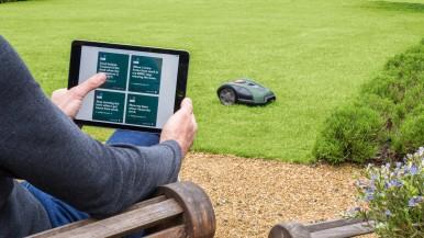 Autonómna starostlivosť o trávnik pre stredné a veľké záhrady: Robotické kosačky ...