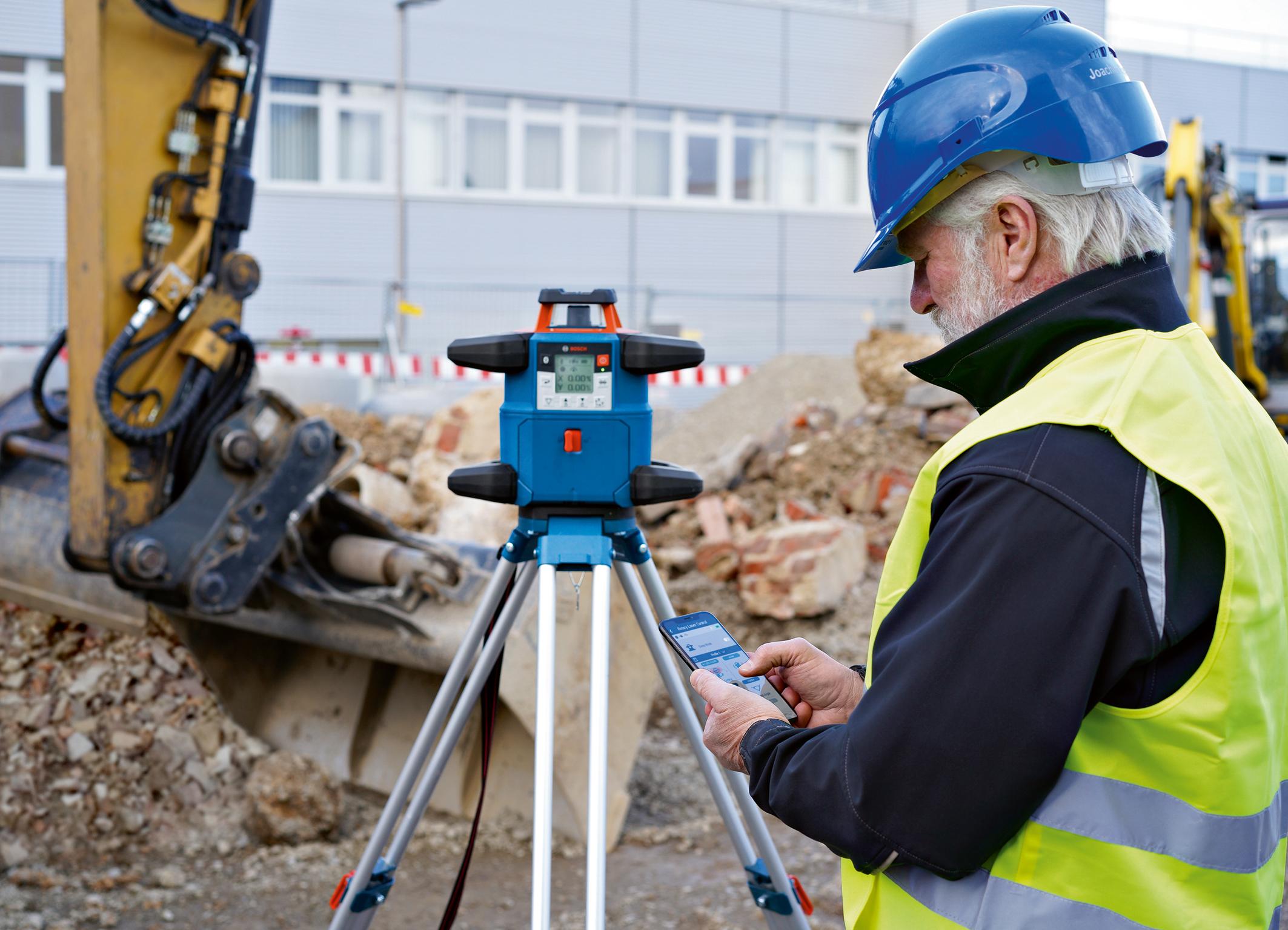Ovládání a kontrola pomocí aplikace a uživatelského rozhraní: Nový rotační laser od společnosti Bosch pro profesionály